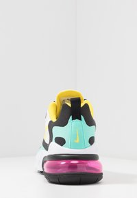 Nike Sportswear - AIR MAX 270 REACT - Tenisky - black/bicycle yellow/teal tint/violet star/pink blast/white - 4