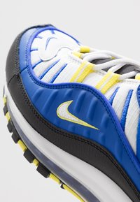 Nike Sportswear - AIR MAX 98 - Sneakersy niskie - racer blue/white/black/dynamic yellow - 8