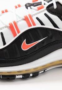 Nike Sportswear - AIR MAX 98 - Sneakers laag - black/brigt crimson/white/chrome yellow - 5