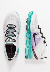 Nike Sportswear - AIR VAPORMAX 2019 - Sneakers laag - platinum tint/black/aurora green/pink blast/bright violet - 1