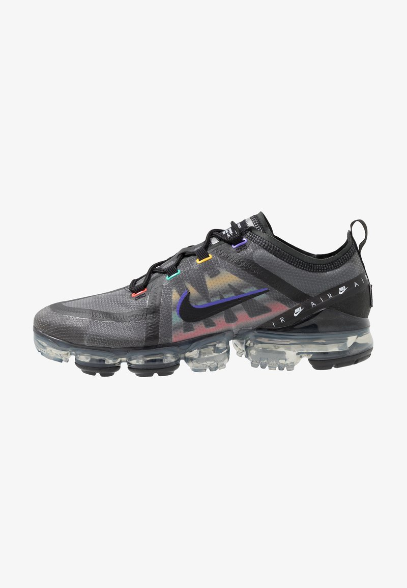 Nike Sportswear - AIR VAPORMAX 2019 SE - Zapatillas - black/psychic purple/flash crimson/university gold/kinetic green