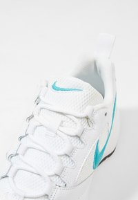 Nike Sportswear - AIR HEIGHTS - Zapatillas - white/teal/violet - 5