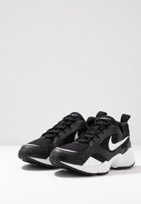 Nike Sportswear - AIR HEIGHTS - Sneaker low - black/white - 2