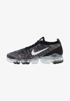 AIR VAPORMAX FLYKNIT - Sneakersy niskie - black/white/metallic silver