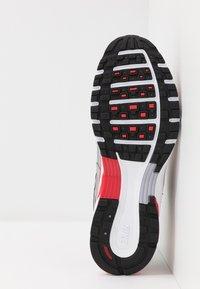 Nike Sportswear - P-6000 - Sneakers - football grey/university red/black/white - 5