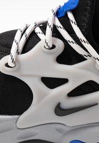 Nike Sportswear - REACT PRESTO - Sneakers - black/racer blue/atmosphere grey - 5