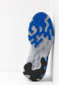 Nike Sportswear - REACT PRESTO - Sneakers - black/racer blue/atmosphere grey - 4