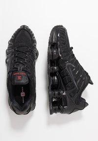 Nike Sportswear - SHOX TL - Sneakers - black/metallic hematite/max orange - 2