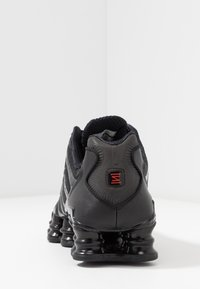 Nike Sportswear - SHOX TL - Sneakers - black/metallic hematite/max orange - 4