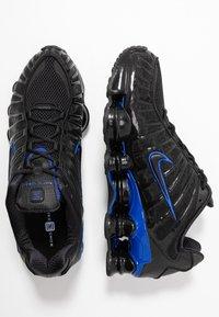 Nike Sportswear - Nike Shox TL Herrenschuh - Sneakers laag - black/racer blue - 1