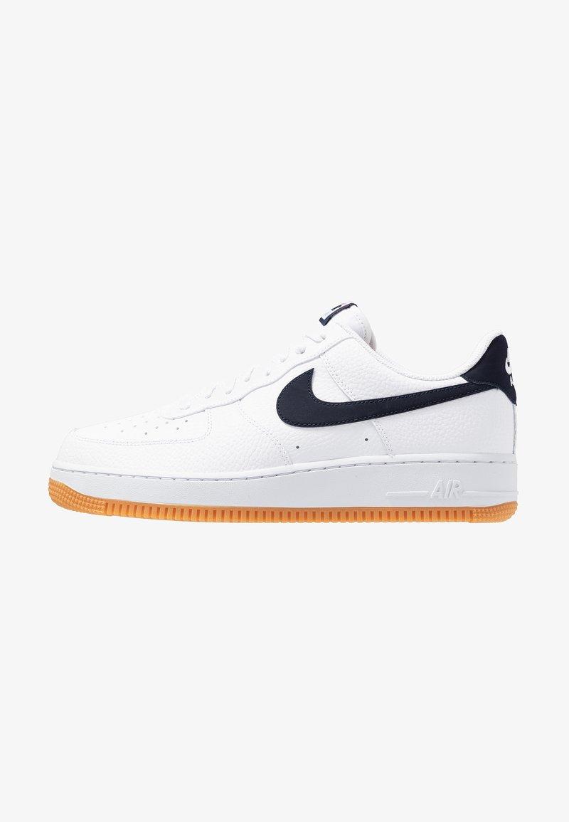 Nike Sportswear - AIR FORCE 1 '07 - Sneakers - white/obsidian/university red/medium brown