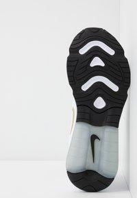 Nike Sportswear - AIR MAX 200 - Sneakers - white/metallic gold/black/metallic silver - 4