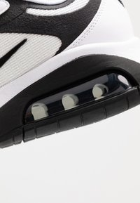 Nike Sportswear - AIR MAX 200 - Sneakers - white/black/anthracite - 5