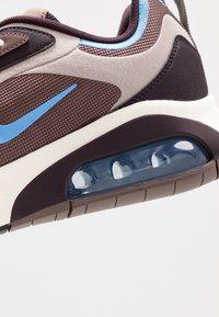 Nike Sportswear - AIR MAX 200 - Sneakers laag - plum eclipse/universe blue/pumice/burgundy ash/sail - 5