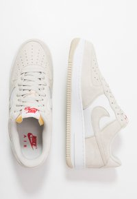 Nike Sportswear - AIR FORCE 1 '07 1FA19 - Sneakers basse - light bone/university red/white/sail - 1