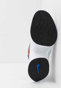 Nike Sportswear - SIGNAL D/MS/X - Sneakers - black/game royal/universe red/pure platinum/white - 4