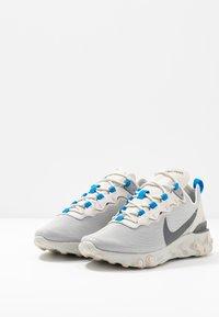 Nike Sportswear - REACT - Sneakers - light bone/dark grey/metallic silver - 2