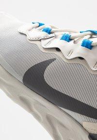 Nike Sportswear - REACT - Sneakers - light bone/dark grey/metallic silver - 5