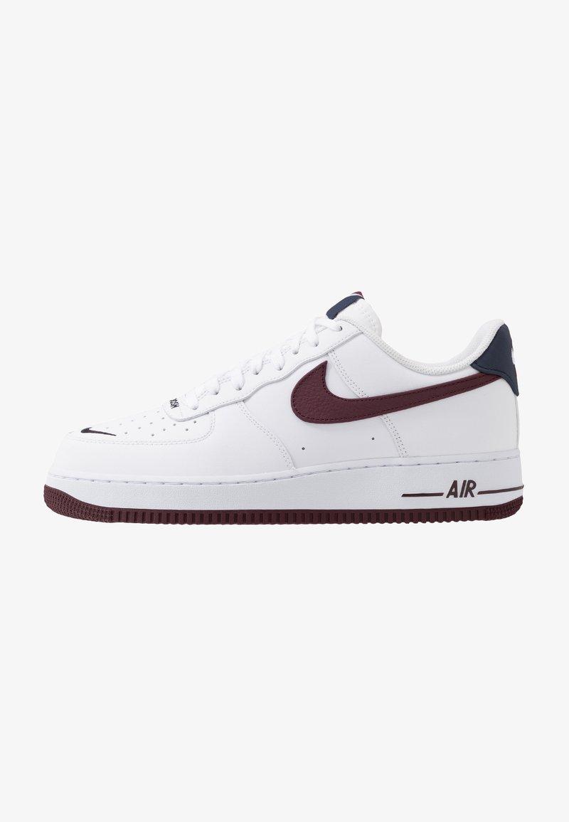 Nike Sportswear - AIR FORCE 1 07 LV8 - Trainers - white/night maroon/obsidian