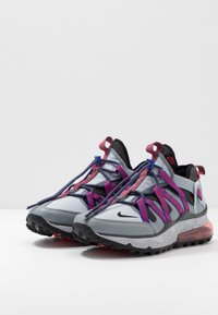 Nike Sportswear - AIR MAX 270 BOWFIN - Matalavartiset tennarit - cool grey/black/concord/wolf grey/dark grey/ember glow - 3