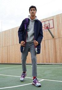 Nike Sportswear - AIR MAX 270 BOWFIN - Matalavartiset tennarit - cool grey/black/concord/wolf grey/dark grey/ember glow - 6