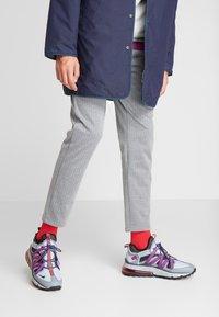 Nike Sportswear - AIR MAX 270 BOWFIN - Matalavartiset tennarit - cool grey/black/concord/wolf grey/dark grey/ember glow - 0