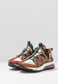 Nike Sportswear - AIR MAX 270 BOWFIN - Sneakers - dark russet/light current blue/baroque brown/muslin - 3