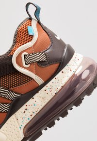 Nike Sportswear - AIR MAX 270 BOWFIN - Sneakers - dark russet/light current blue/baroque brown/muslin - 8