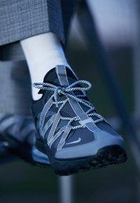 Nike Sportswear - AIR MAX 270 BOWFIN - Sneakers laag - anthracite/metallic silver/cool grey/black/wolf grey - 7
