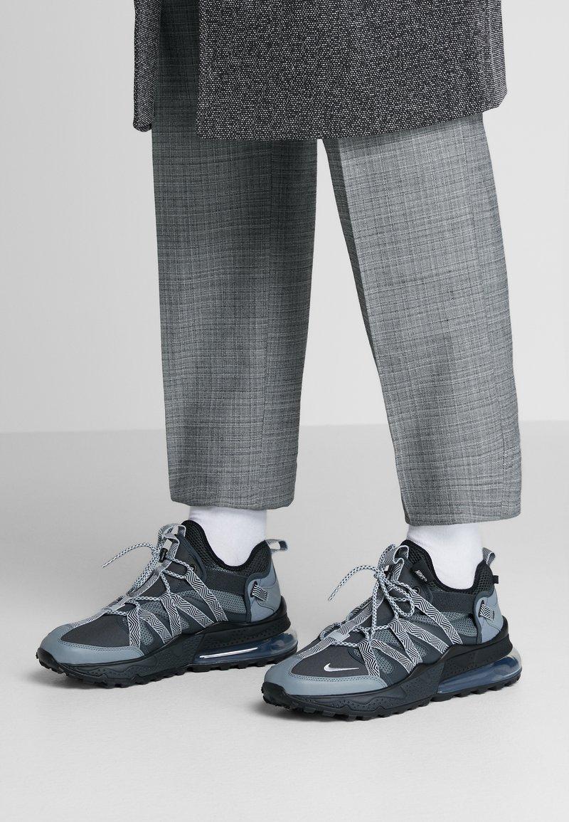 Nike Sportswear - AIR MAX 270 BOWFIN - Sneakers laag - anthracite/metallic silver/cool grey/black/wolf grey