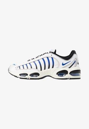 AIR MAX TAILWIND IV - Sneaker low - white/racer blue/summit white/vast grey/black