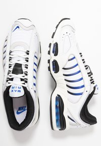 Nike Sportswear - AIR MAX TAILWIND IV - Baskets basses - white/racer blue/summit white/vast grey/black - 2