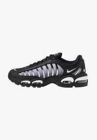 Nike Sportswear - AIR MAX TAILWIND IV - Sneakers - black/white - 1