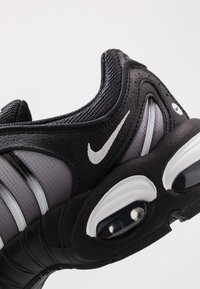 Nike Sportswear - AIR MAX TAILWIND IV - Sneakers - black/white - 8