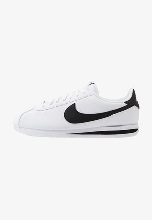 CORTEZ BASIC - Matalavartiset tennarit - white/black/metallic silver