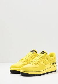 Nike Sportswear - AIR FORCE 1 GTX - Sneaker low - dynamic yellow/black - 2