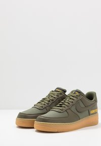 Nike Sportswear - AIR FORCE 1 GTX - Trainers - med olive/sequoia/gold/black/off noir - 3