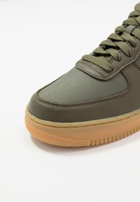 Nike Sportswear - AIR FORCE 1 GTX - Trainers - med olive/sequoia/gold/black/off noir - 8