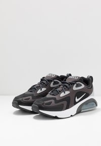 Nike Sportswear - AIR MAX 200 - Trainers - anthracite/metallic silver/black/white/wolf grey - 2