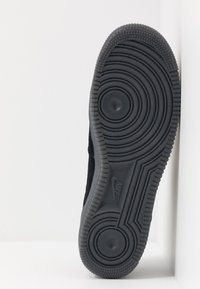 Nike Sportswear - AIR FORCE 1  - Matalavartiset tennarit - black/anthracite