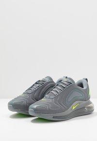 Nike Sportswear - AIR MAX 720 - Matalavartiset tennarit - cool grey/volt/electric green/black - 2