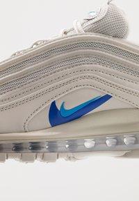 Nike Sportswear - AIR MAX 97  - Sneakers laag - light bone/blue hero/hyper royal/pure platinum - 5