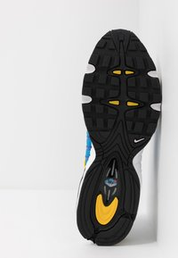 Nike Sportswear - AIR MAX TAILWIND IV - Tenisky - white/light photo blue/speed yellow/white - 4
