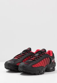 Nike Sportswear - AIR MAX TAILWIND IV - Tenisky - university red/black/white - 2