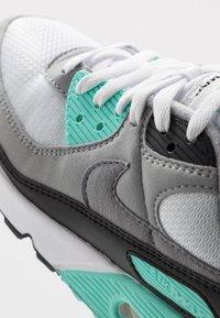 Nike Sportswear - AIR MAX 90 - Sneakers - white/particle grey/light smoke grey/black/hyper turq - 9