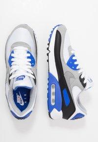 Nike Sportswear - AIR MAX 90 - Trainers - white/particle grey/light smoke grey/black/hyper royal - 1