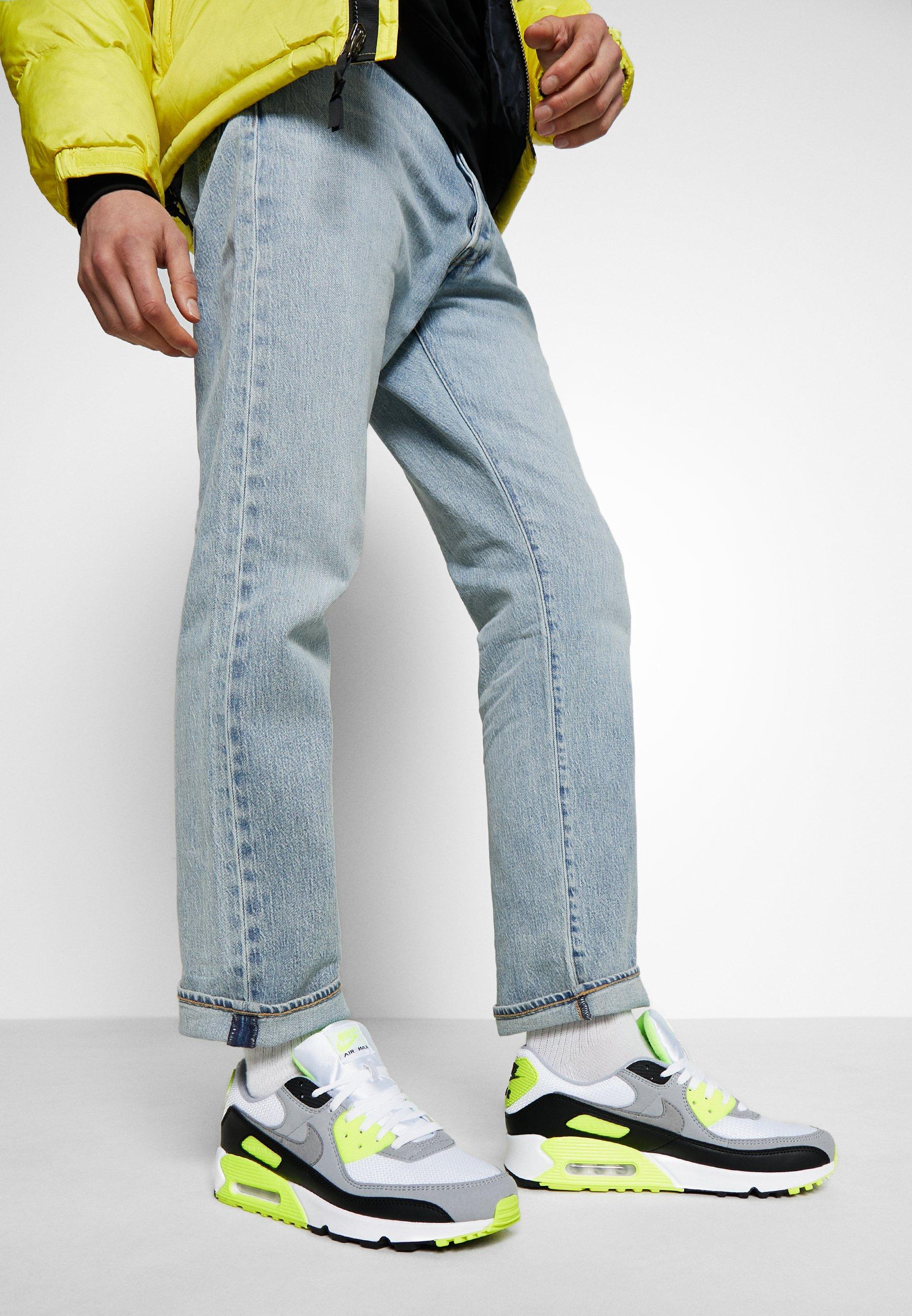 AIR MAX 90 Sneakersy niskie whiteparticle greylight smoke greyblackvolt