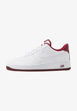 AIR FORCE 1 '07 1 - Sneakersy niskie - white/university red