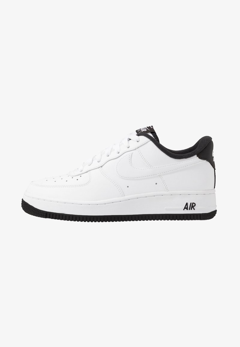 Nike Sportswear - AIR FORCE 1 '07 - Sneakers laag - white/black