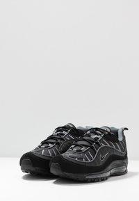 Nike Sportswear - AIR MAX 98 - Trainers - black/smoke grey/vast grey/white - 2